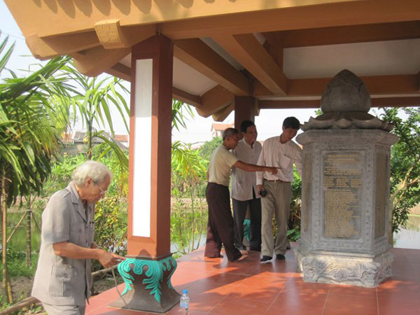 Đền thờ Tả Ao - thày địa lý phong thủy giới nhất Việt Nam