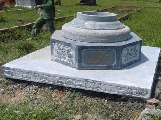 Mẫu mộ bát giác LD 08