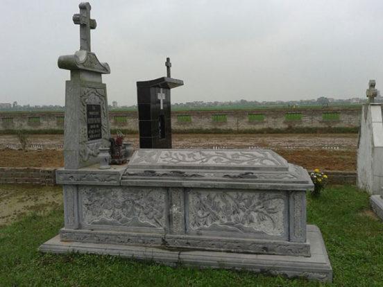 Mẫu mộ công giáo LD 28