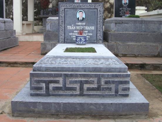 Mẫu mộ đơn giản LD 12