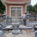 Gìn giữ nghề làm mộ đá ở làng đá Ninh Vân