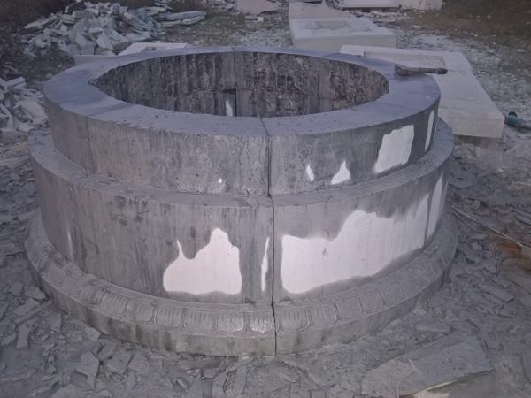 Tấp nập sản xuất mộ đá dịp cuối năm